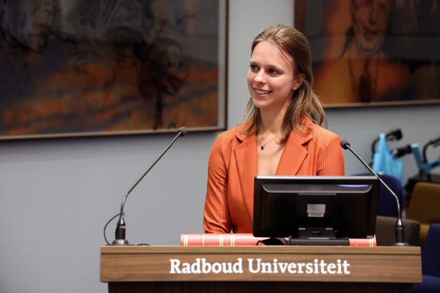 Dr. Marije Huijsmans